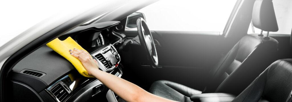 Czyszczenie samochodu i dezynfekcja